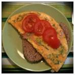 Omelet bacon lente-ui tomaat